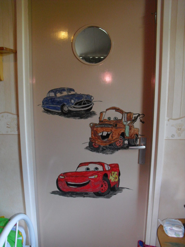 cars wandtekening muurschildering jeroen middelkamp kinderkamer deur