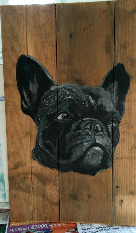 Franse buldog jeroen middelkamp jmilllustraties houten schilderij schilderen acryl verf buitenschilderij hond