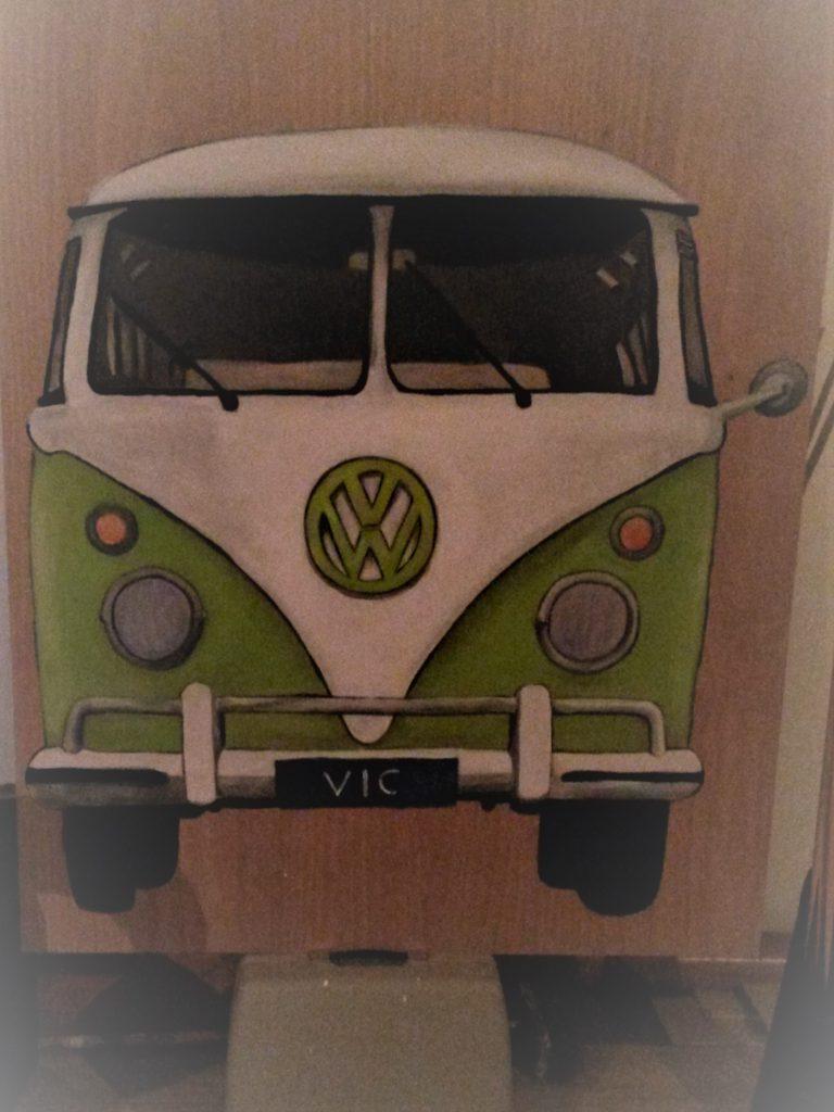 vw bus; t1; houten schilderij; schilderij op hout; acrylverf; jeroen middelkamp; uniek; geboortebord; volkswagen